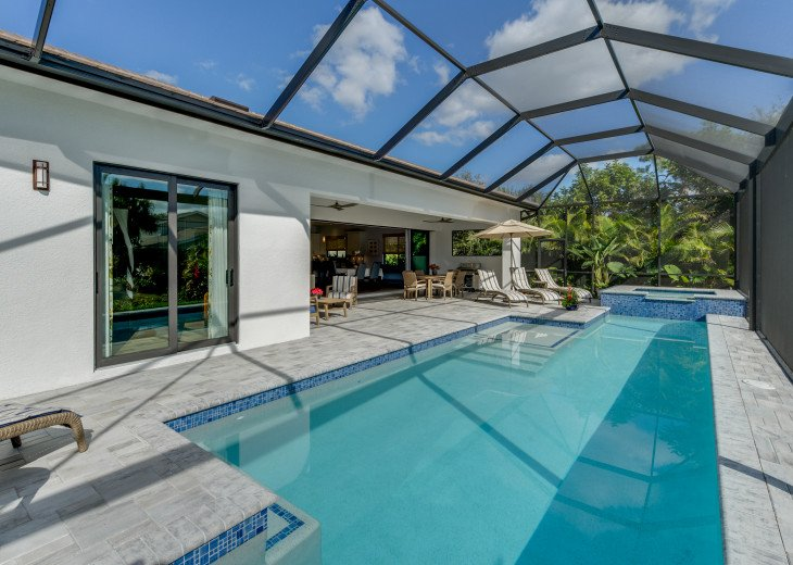 Exclusive, Luxury Pool & Spa Home - less than a mile to Vanderbilt Beach #22
