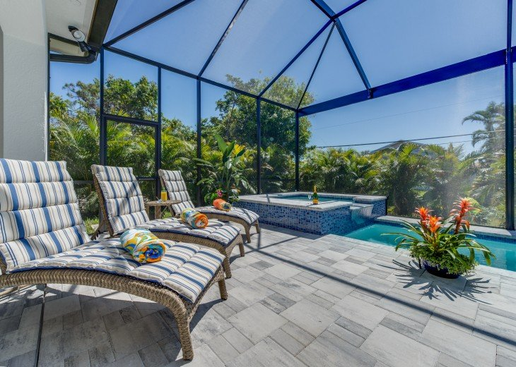 Exclusive, Luxury Pool & Spa Home - less than a mile to Vanderbilt Beach #16