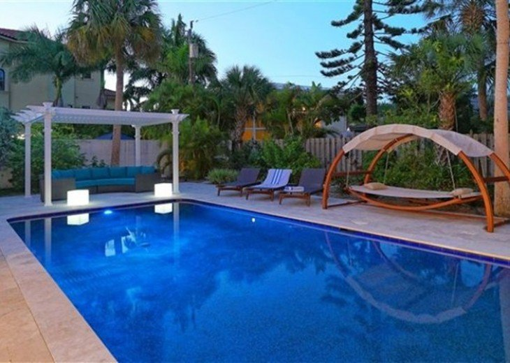 Sophisticated updated modern pool home on St. Armands #2