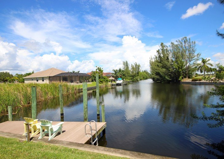 Buttonwood Bay SW Cape Coral Waterfront - Long perfect days with perfect endings #24