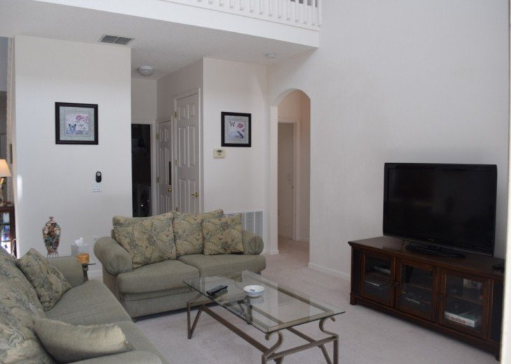 Stunning 5 Bed 3 Bath villa with own pool. Close to Disney/shops/restaurants #4