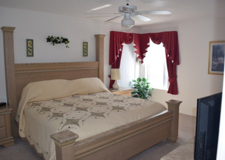 Stunning 5 Bed 3 Bath villa with own pool. Close to Disney/shops/restaurants #18