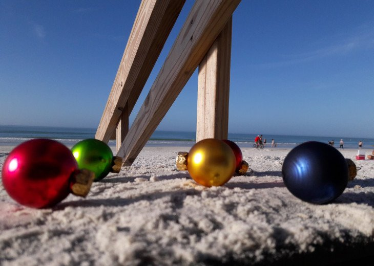 Have a beachy Christmas