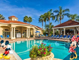 Clubhouse Pool and Tiki Bar