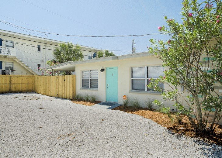 500 feet to the beach, pet friendly fenced yard, complete remodel in 2018 #36
