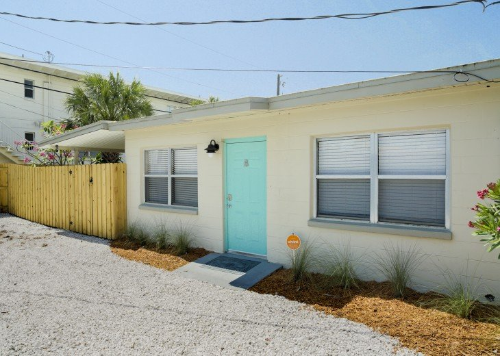 500 feet to the beach, pet friendly fenced yard, complete remodel in 2018 #11