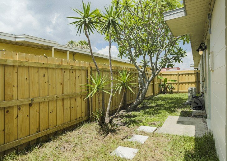 500 feet to the beach, pet friendly fenced yard, complete remodel in 2018 #43