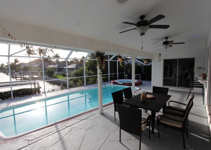 Vacation Home with Pool+SPA+Waterfront / walking distance to Tigertail Beach #8