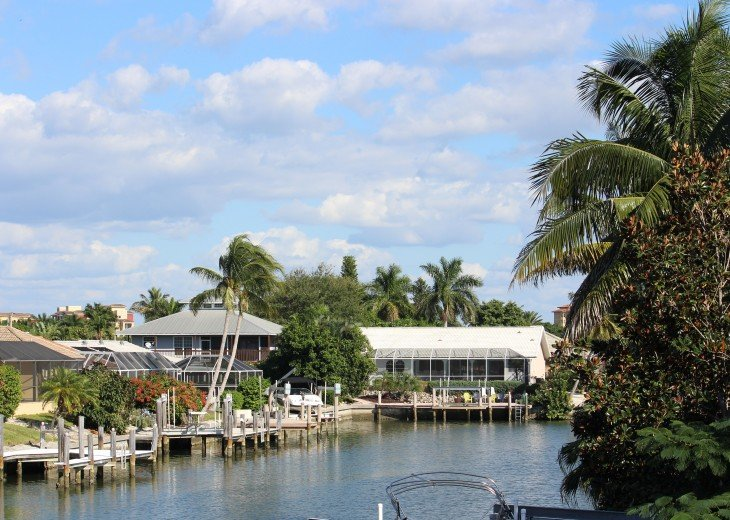 Vacation Home with Pool+SPA+Waterfront / walking distance to Tigertail Beach #14
