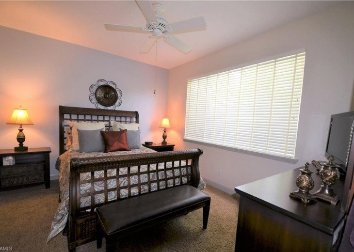 AMENITY RICH STERLING OAKS... BEAUTIFUL HOME AVAILABLE FOR 2019 SEASONAL RENTAL. #8