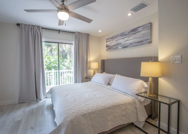 Starfish Beach Bungalow - Remodel Special! #32