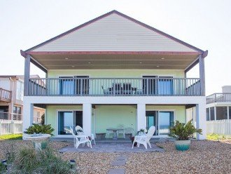 Sundance luxury beach house on ocean, No roads to cross 57 -5 star reviews #1