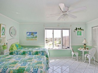 Almost Heaven Vilano Luxury BeachHOUSE- NO HURRICANE IRMA DAMAGE! On beach HOUSE #1