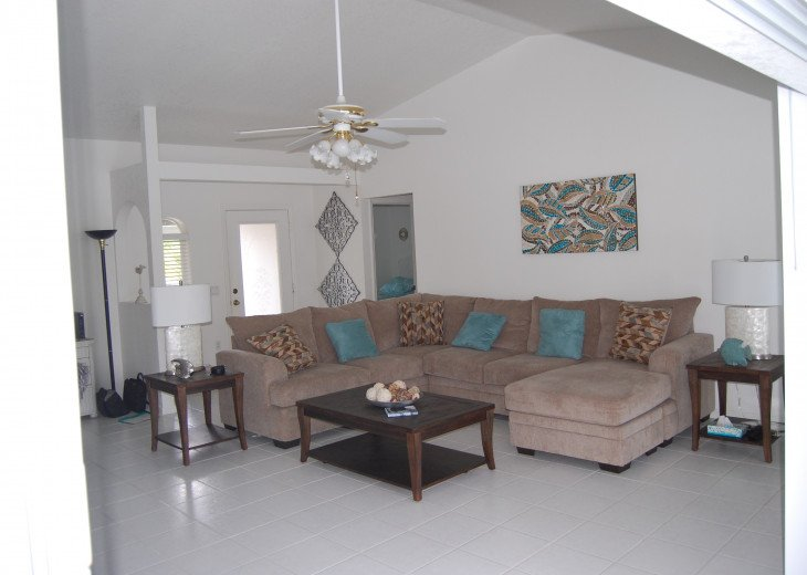 Sunburst Villa 3 bed/ 2 bath pool home in a quiet area but close to everything #6