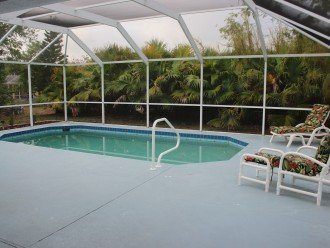 Sunburst Villa 3 bed/ 2 bath pool home in a quiet area but close to everything #1