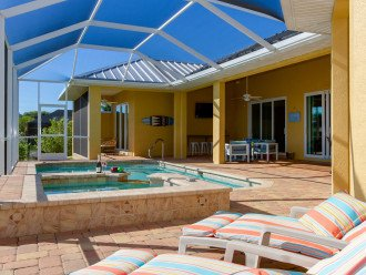 Huge Lanai to Soak up the Sun or Relax in the Shade