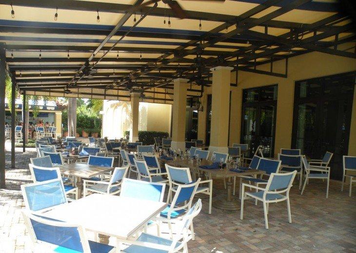 Gorgeous condominium located in prestigious Naples Bay Resort!!!! #10