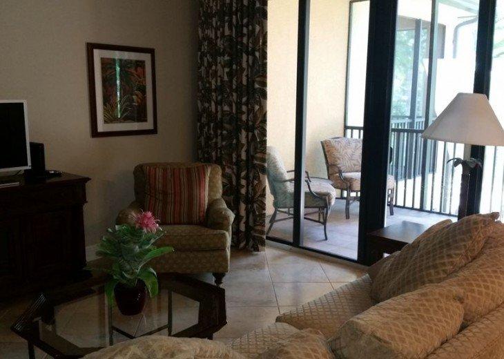 Gorgeous condominium located in prestigious Naples Bay Resort!!!! #4