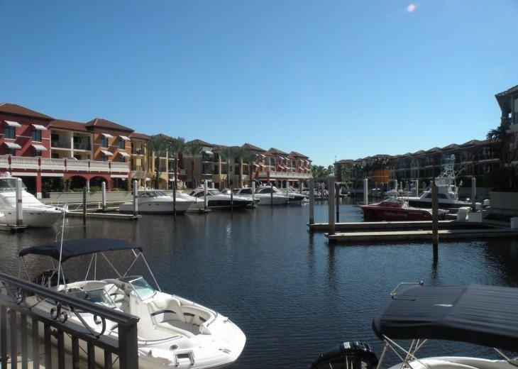 Gorgeous condominium located in prestigious Naples Bay Resort!!!! #14