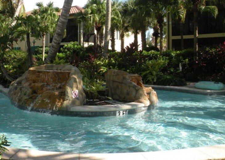 Gorgeous condominium located in prestigious Naples Bay Resort!!!! #16
