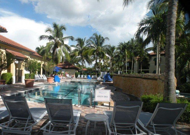 Gorgeous condominium located in prestigious Naples Bay Resort!!!! #26