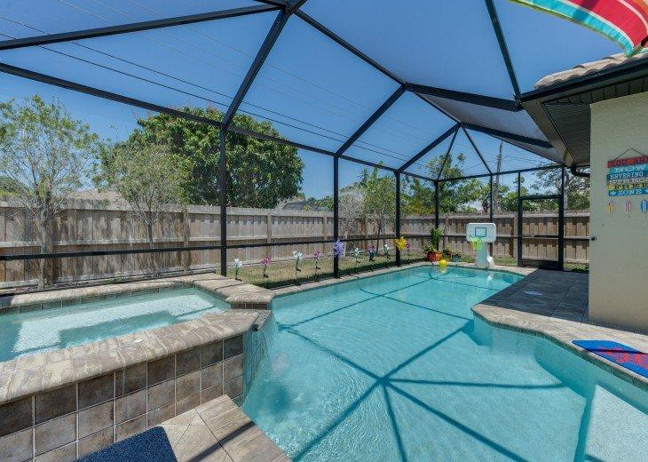 Sleek and Modern Pool & Spa Private Naples Park Home #15