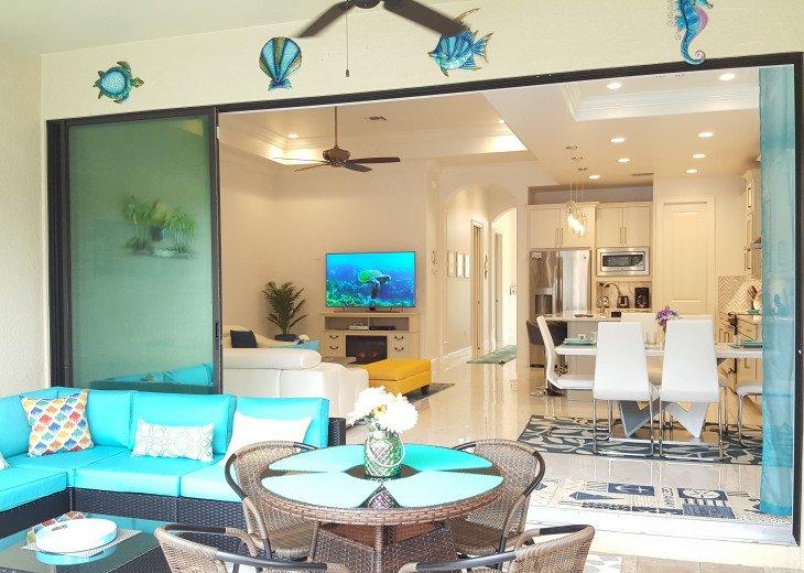 Sleek and Modern Pool & Spa Private Naples Park Home #16