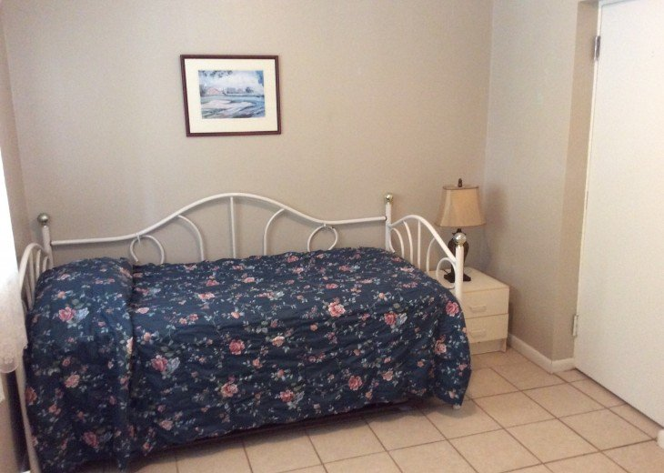 Bargain Cozy Home #10