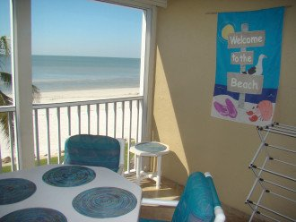 We cordially welcome you to our condo and the beach.