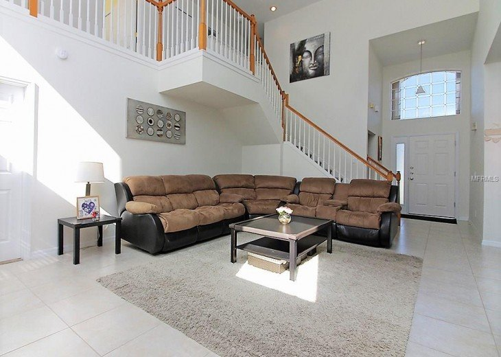 4 bedroom South Facing Home in Highlands Reserve #19