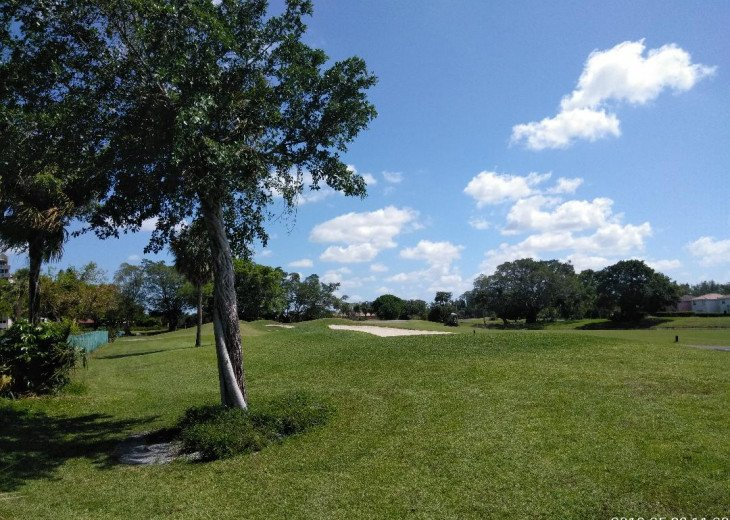 Beautiful Serene Golf Condo Close To All The Action #9