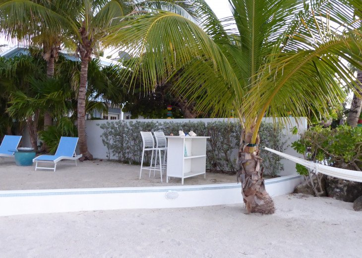 Islamorada Beachfront Apartment - Great Sunsets! Private Beach! #17