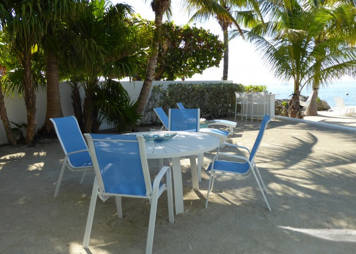 Islamorada Beachfront Apartment - Great Sunsets! Private Beach! #18