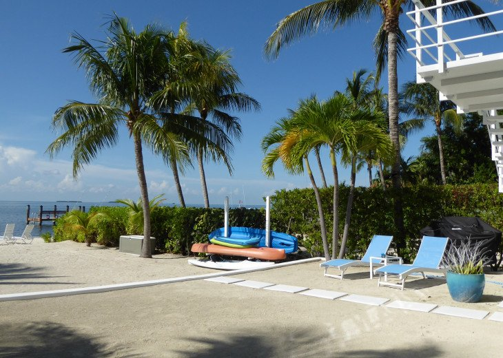 Islamorada Beachfront Apartment - Great Sunsets! Private Beach! #19