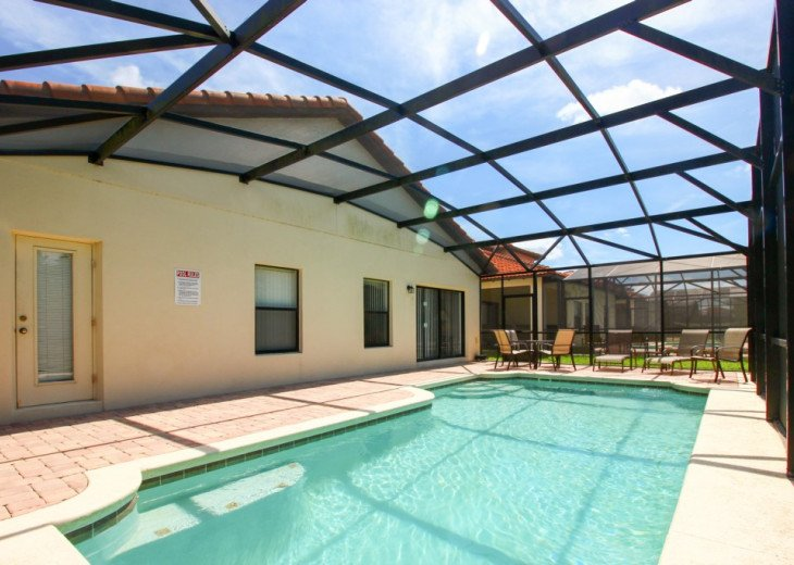 4 Bed 2 Bath Villa with Private Pool #21