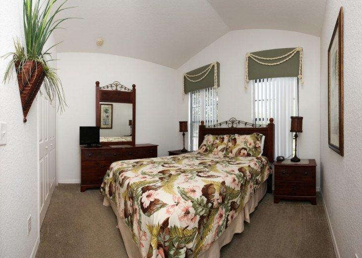 4 Bed 2 Bath Villa with Private Pool #17
