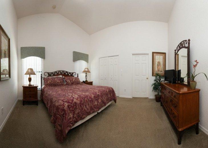 4 Bed 2 Bath Villa with Private Pool #14