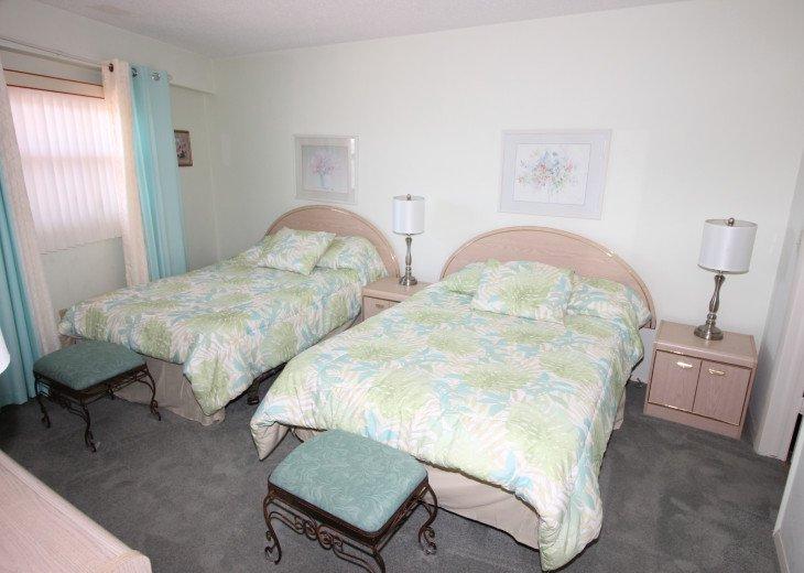 Chateaux Beachfront Dream Retreat - Unit # 303 #17
