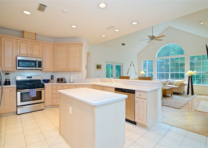 Charming furnished home with private pool in Sawgrass Country Club #7