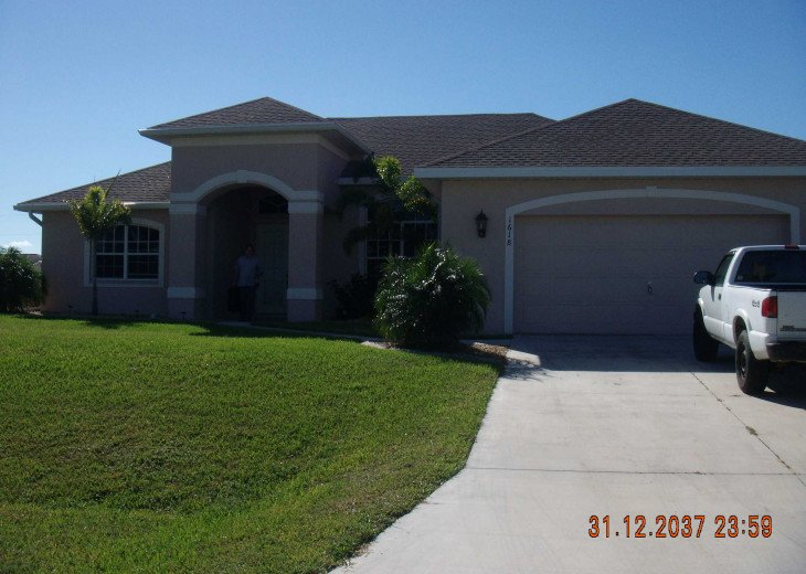 Immaculate Cape Coral Home with Heated Pool ! Book Now for 2019 and save money. #6