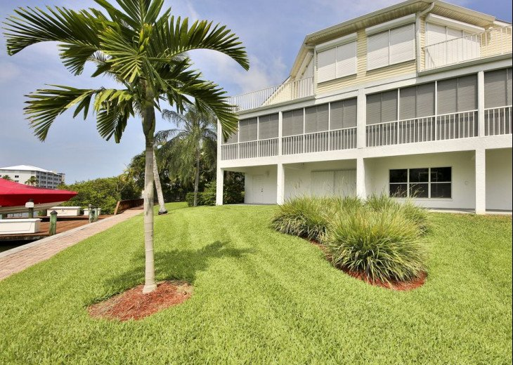 COME STAY AT BEAUTIFUL & PEACEFUL OSTEGO BAY AND ENJOY A SPACIOUS 2,100 SQ FT #28