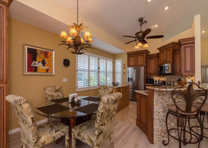 COME STAY AT BEAUTIFUL & PEACEFUL OSTEGO BAY AND ENJOY A SPACIOUS 2,100 SQ FT #6