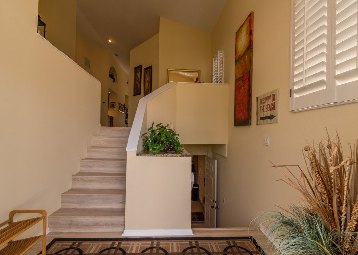 COME STAY AT BEAUTIFUL & PEACEFUL OSTEGO BAY AND ENJOY A SPACIOUS 2,100 SQ FT #4