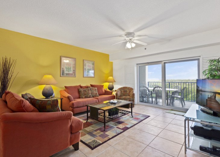 Oceanview Condo with lots of space for a family. #12