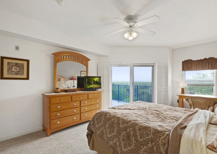 Oceanview Condo with lots of space for a family. #22