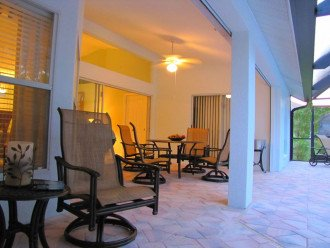 TWO MASTER SUITES Heated Pool+Spa BEACH Home Private Comm IN NAPLES, Walk to #1