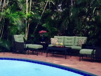 Vacationer's Paradise! Beautiful designer's 3/3, heated pool, gym, home theatre #1