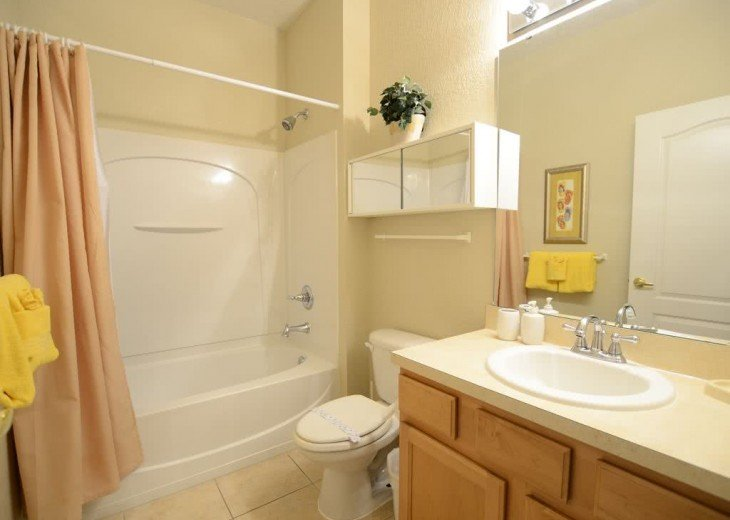 Near Disney Seaworld,Convention Center 5br/3ba townhome with hot tub/lake view #14