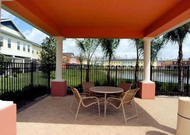 Near Disney Seaworld,Convention Center 5br/3ba townhome with hot tub/lake view #19