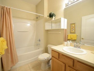 From $80/nt,4br/3ba TownHome /Hot Tub/lake View,Near Disney,Convention Center #1